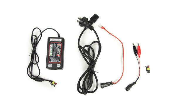 Aliant CB1203 3 Amp Battery Charger + Connection Kit