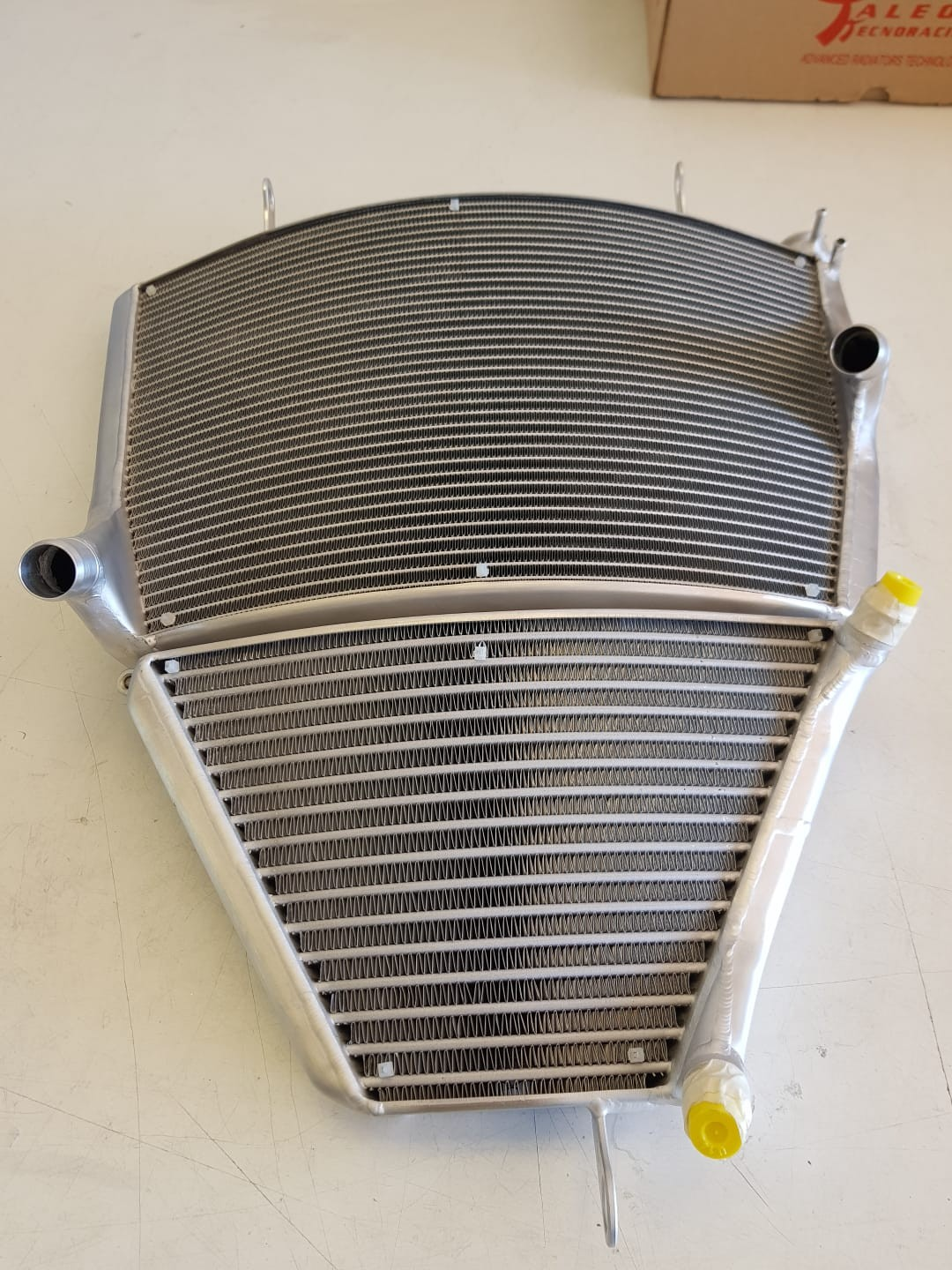 Taleo Tecnoracing Superbike Radiator Kit - 2017+ CBR1000RR Superbike Water & Oil Radiator Kit + Oil Kit