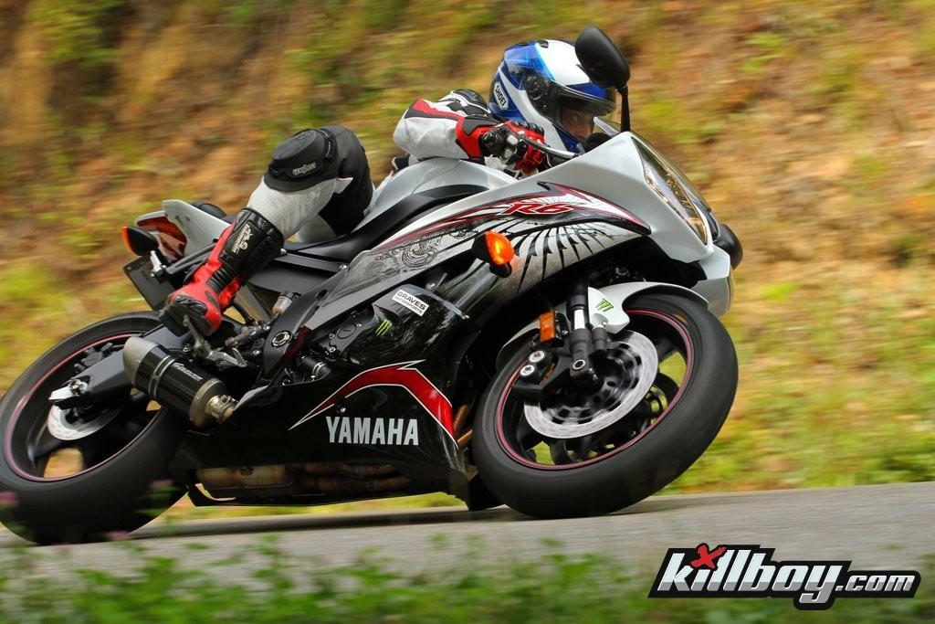 Graves Motorsports Yamaha YZF-R6 Carbon Slip-On 2006-2014