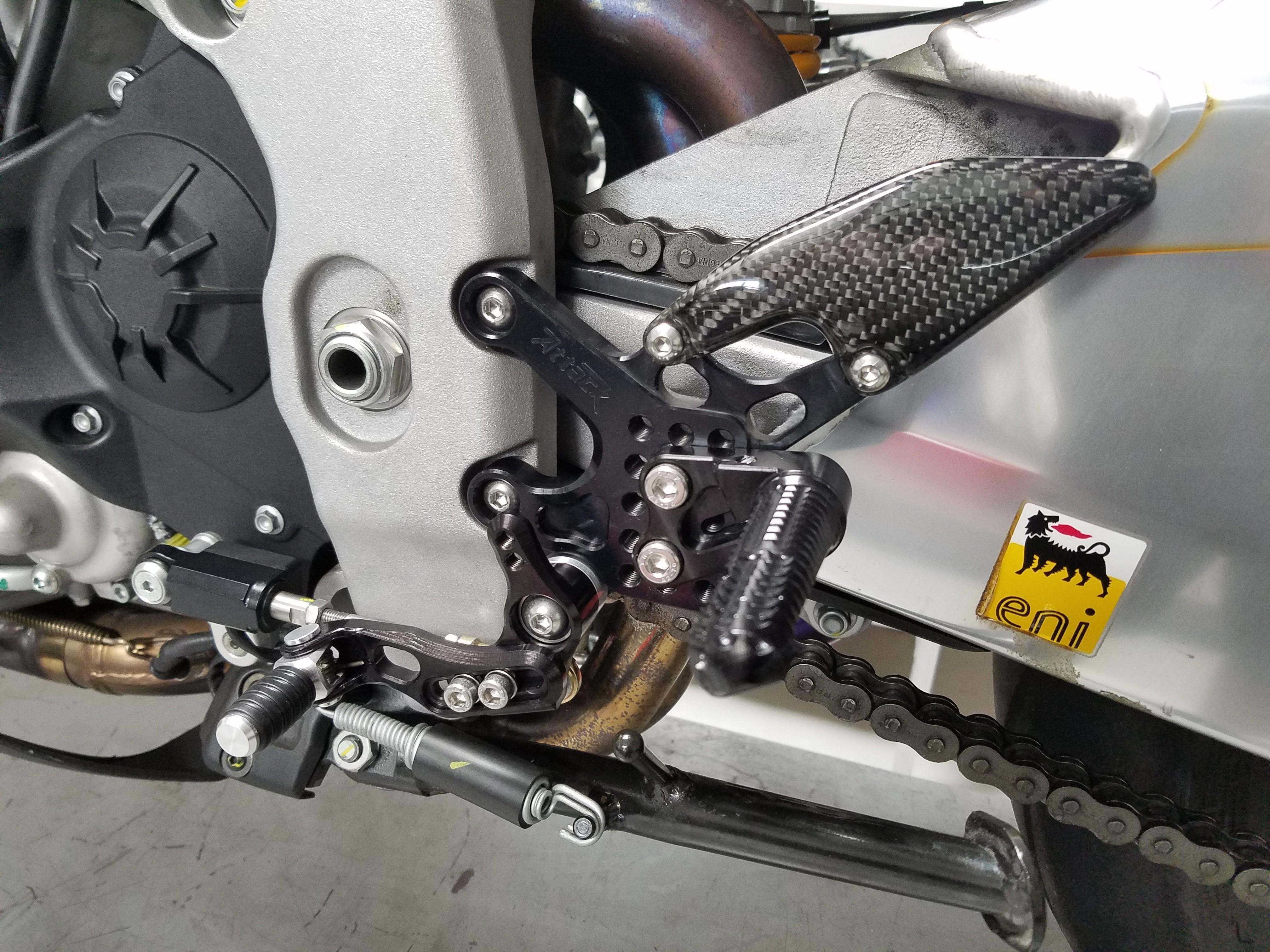 Attack Performance Aprilia RSV4 / Tuono 1100 Rearsets