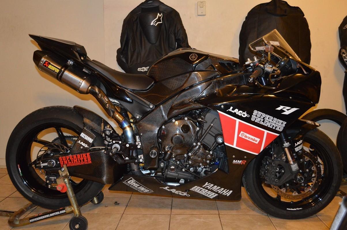 Yamaha YZF-R1 09-11 carbon yoke cover