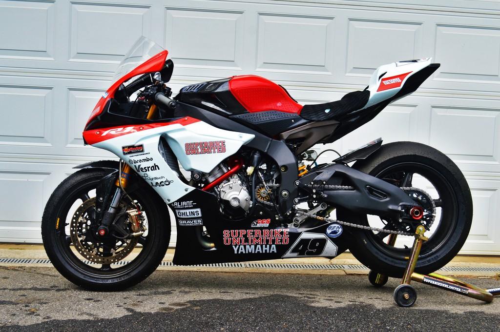 Superbike Unlimited 2015 Yamaha YZF R1